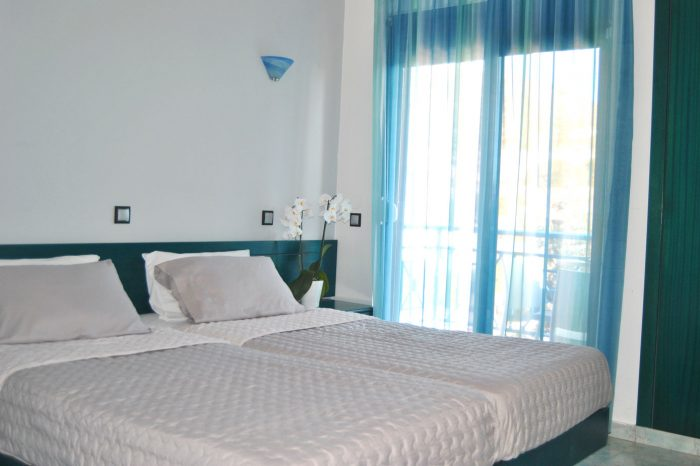 Double room with balcony and limited sea view main banner